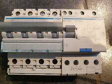 Disjoncteur diff HAGER 4 poles D32 amp 300ma