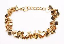 Glimmery Oro Cadena de metal y un montón de pequeños Plaza encantos pulsera W. Broche (zx40)