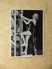 Modern Beauties Fifth Series #10 Gloria Dickson 1938 BAT Cigarette Card