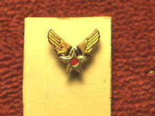 WW II ERA ARMY AIR CORP. WING -STAR  LAPEL PIN  W/ SCREW BACK
