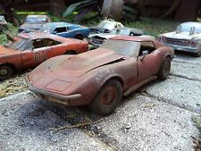 WEATHERED '69 Chevy Corvette 427 Unrestored Junker Junk 1/18 Rare Abandoned Ut