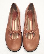 Women's Size 7.5 M CLARKS Brown Leather Mary Jane Loafer Style Comfort Shoes