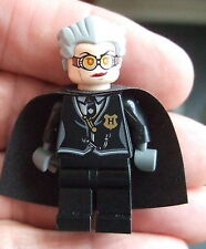 *LEGO HARRY POTTER: MADAME HOOCH WITH CLOAK  HP 106 Year 7 (light flesh)