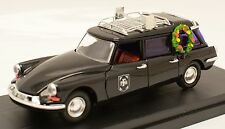 Citroen ID19 Paris France Hearse 1:43 by RIO diorama O Scale