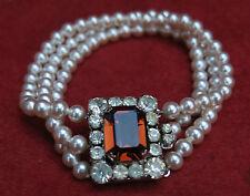 ancien bracelet fantaisie très chic, fausse perle & faux diamant ( strass )