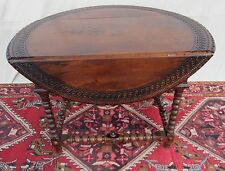 19TH CENT. VICTORIAN GUILLOCHE CARVED TABLE IN SOLID BLACK WALNUT