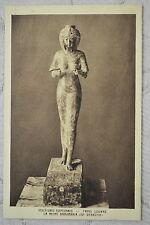 """CPA """" Musée du LOUVRE - Sculpture Egyptienne - La Reine Karomania (22e dynastie)"""