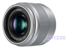 F/S New Panasonic H-H025-K LUMIX G 25mm F/1.7 Lens For M4/3 SEAL box with hood