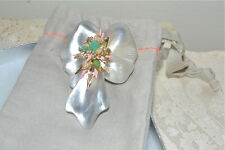 NWT $295 ALEXIS BITTAR Lucite *DESERT JASMINE* ORCHID PIN Brooch Silver White