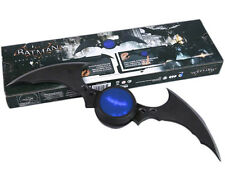 "BATMAN/ BATARANG ARKHAM KNIGHT CON LUZ 40 CM- BATARANG WITH LIGHT 15,8"" IN BOX"