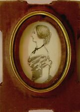 MINIATURE MODEST SCHOOL SIDE PORTRAIT OF A VICTORIAN LADY W/COL 1835