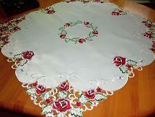 Mitteldecke Tischdecke  85x85 #weiß mit #rot #Rosen  Traumhaft  #Frühling Sommer