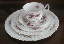ROYAL ALBERT LAVENDER ROSE 5 PC. Place Setting Cup Saucer 3 Plates