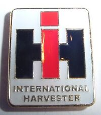 Muy bonita pin IHC International Harvester... x006