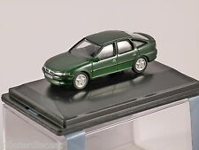 VAUXHALL VECTRA in Green 1/76 scale model OXFORD DIECAST