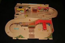 Vintage Hot Wheels 1979 Playset Sto N Go Service Center Car Wash