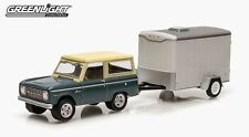 1/64 Greenlight Hitch &Tow Series #2 1967 Ford Bronco & Small Cargo Trailer