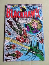 BLACKHAWK - DC COMIC-USA-  1966 -  #225 - ACCEPTABLE