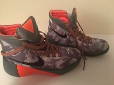 NIKE Hyperdunk 2015 Basketball Shoes Boys Youth Sz 4 Camo Orange EUC