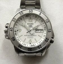 SEIKO 5 SPORTS AUTOMATIC  200 METER DIVER;S WATCH