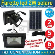 FARO FARETTO LED ESTERNO con PANNELLO SOLARE + Batteria Interna + CREPUSCOLARE