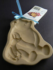 Disney Ceramic Cookie Mold Classic POOH Brown bag Art with Recipe Book (C8)