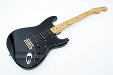 Fender Japan Squier Stratocaster Silver Series made in Japan Ref No 119042