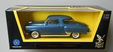 BLUE 1950 STUDEBAKER CHAMPION  YATMING 1:43 ROAD SIGNATURE LUCKY DIECAST CAR