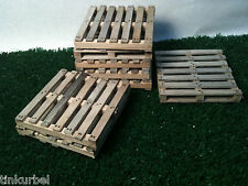 Miniature Pallet Weathered Wood Dollhouse Train RoomBox 1:12 Action Figures