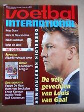 VOETBAL INTERNATIONAL 17-12 1997 Louis Van Gaal Barcelona  [P66]