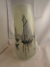 ancien  vase en verre coloré  epoque art deco 1930 signé jem bateaux de peche