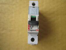 Legrand Tenby B32 32 amp 06163 6kA single pole RCM disjoncteur