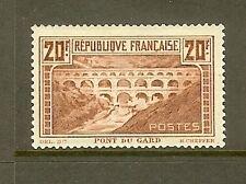 "FRANCE STAMP TIMBRE N° 262Aa ""PONT DU GARD 20F CHAUDRON TYPE I"" NEUF xx TB SIGNE"