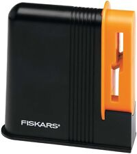 Fiskars 9861 Desktop Scissors Sharpener Office Household Kitchen Sharpening NEW