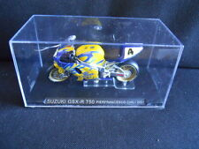 Die Cast Model Moto 1:24 SUZUKI GSX-R 750 Pierfrancesco Chili 2001 [N3-72 ]