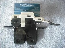 A GENUINE RENAULT SCENIC 2  2004-2008 REAR BOOT TRUNK TAILGATE  CATCH ACTUATOR