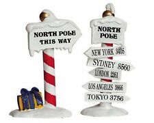 Lemax Decoration 'North Pole Signs', Christmas Cake Decorating, Set of 2 Figures
