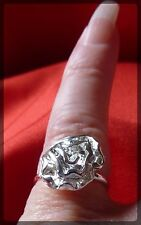 Rose Flower Shaped Ring,Adjustable,Silver Coloured,Costume Jewellery,Pretty
