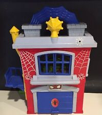 Spiderman 2010 Marvel Super Hero Squad Lab Garage Play Set House