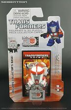 RATCHET Transformers Prime Mini Figurine + 3D Puzzle Piece 30th Anniv Goldie