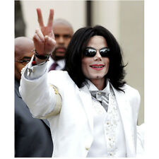 Michael Jackson King of Pop in White Flashing Peace Sign 8 x 10 Inch Photo