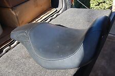 Harley 96-03 Dyna Leather Badlander Seat