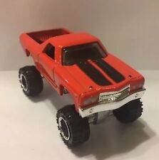 1970 Chevy El Camino Lifted 4x4 Custom 1:64 Diecast Truck Diorama Farm Matchbox