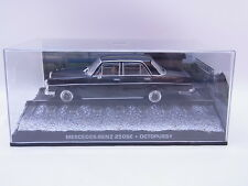 LOT 38646 | Mercedes Benz 250SE 1:43 James Bond Octopussy Modellauto in Vitrine