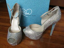 NEW Blue by Betsey Johnson Kiss Bridal Heels Shoes Womens Sz 9M Champagne
