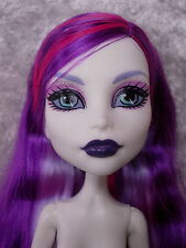 MONSTER HIGH GHOULS NIGHT OUT SPECTRA VONDERGEIST NUDE DOLL NEW