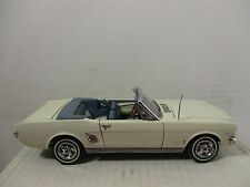 DANBURY MINT 1/24 SCALE WHITE 1966 FORD MUSTANG