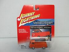 Johnny Lightning Volkswagen 1965 Type 2 Pickup Orange