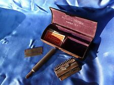 Antique 1912 VALET AUTO STROP SAFETY RAZOR w Blades & Rivers Drug Adv Metal Case