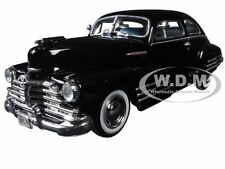 1948 CHEVROLET FLEETLINE AEROSEDAN BLACK 1:24 MODEL CAR MOTORMAX 73266